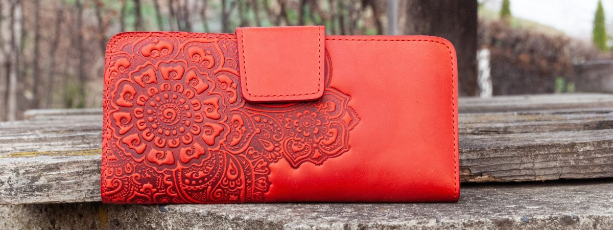 Ce ar fi geanta fara portofel?